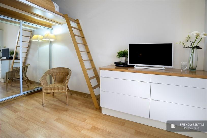 The Calabria II Apartment in Barcelona