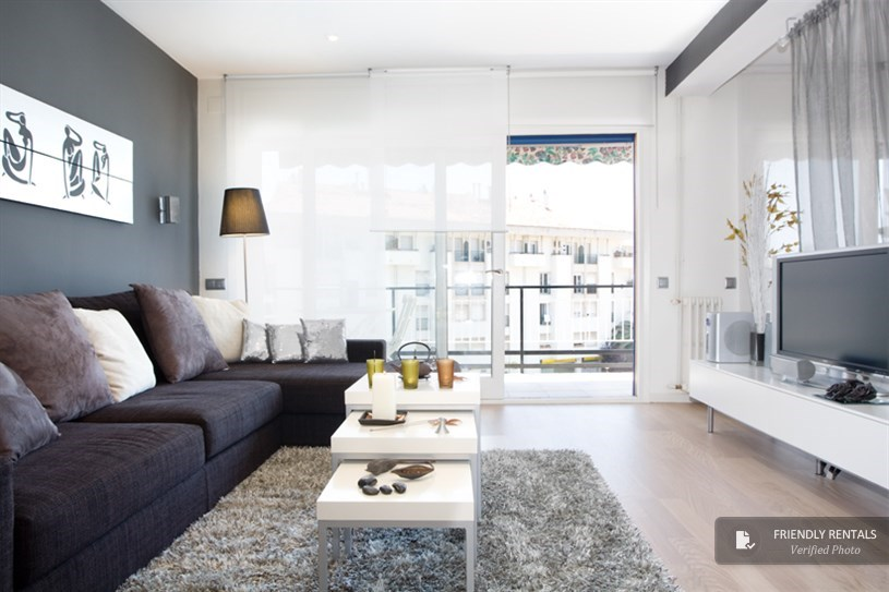 Das Black and White Apartment in Sitges