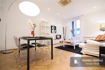 The Paseo del Arte II Apartment in Madrid