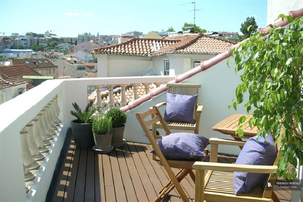 The Terrace Palmeira Apartment In Lisbon