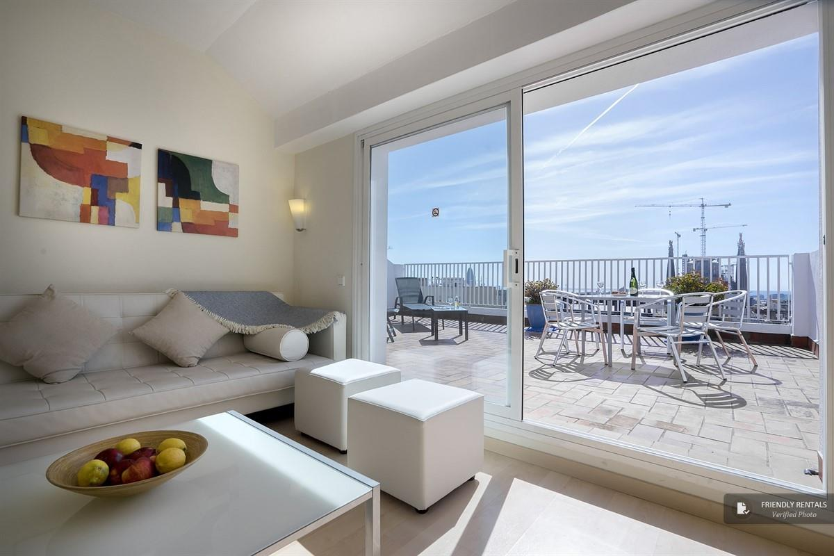 The Las Terrazas Apartment in Barcelona, Fantastic views and two ...