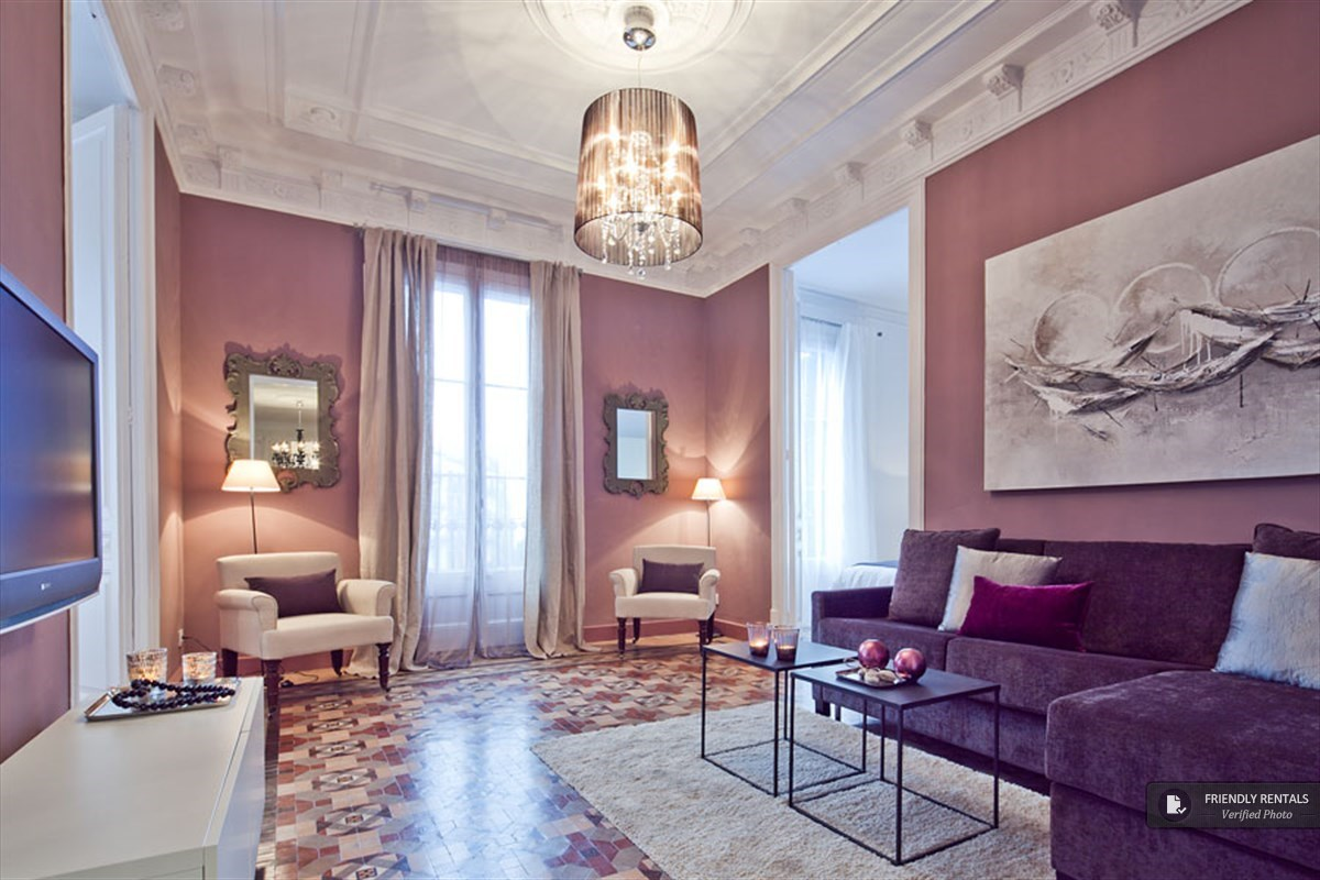 The Plaza Universidad Lux Apartment in Barcelona