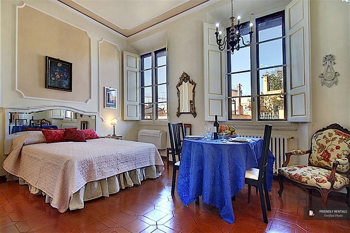 The Auriga II Apartment in Florence