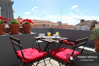 The Terrace Luz Apartment