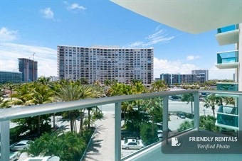 El Apartamento North & South Beach 21