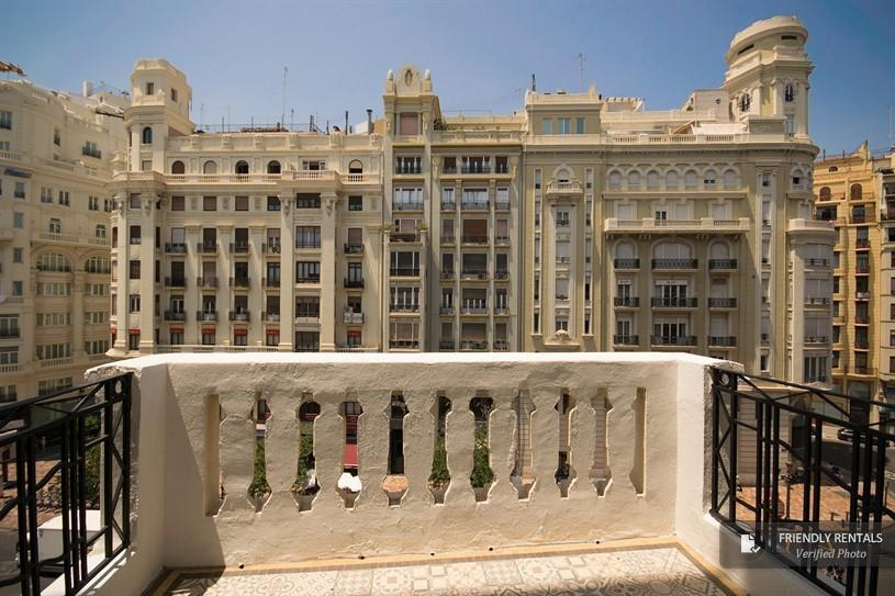 The Ayuntamiento A Apartment in Valencia