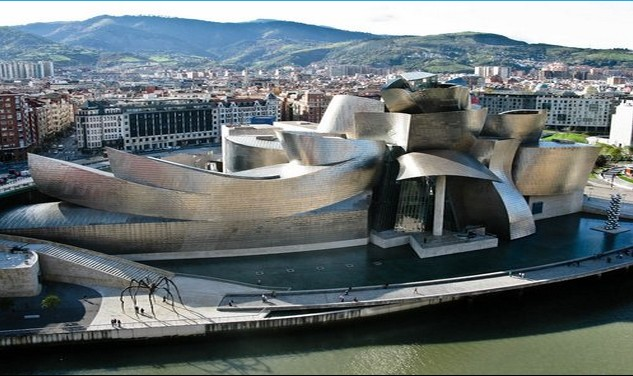Guggenheim Terrace, Apartment of the Week in Bilbao